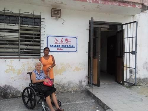 Taller para personas con discapacidad 611