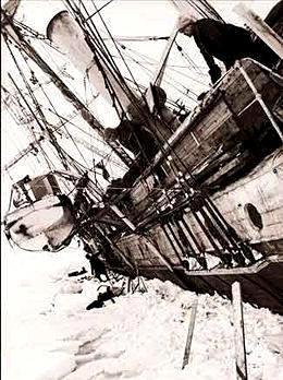 Antártida: El Endurance siendo aprisionado por los hielos