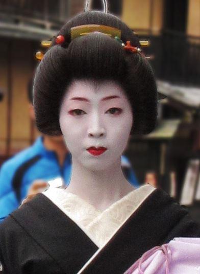 Blog Cultureduca educativa geisha1 HISTORIA ANTROPOLÓGICA DE LA COSMÉTICA