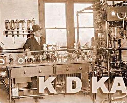 La KDKA, una de las primeras estaciones de radio del mundo, que comenzó sus emisiones en 1916.