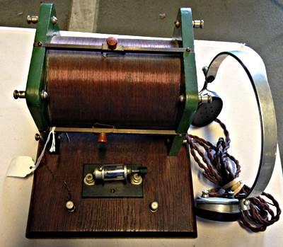 Antiguo receptor de galena. Imagen Wikimedia Commons. Autor: ArnoldReinhold